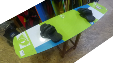 Airush DNA 8m, board Airush VOX 135, harness Flying Object