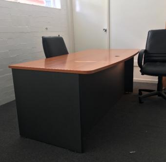 13 m² – Shared Office Space -Plenty of day-light -Small to Medium Size