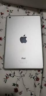Apple iPad mini 2 (Retina/2nd Gen, Wi-Fi Only) 32GB
