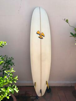 Surfboard 7 ideal for beginners in excellent condition