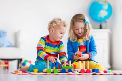 Children&#x27 s Toy and Kids Clothing Website Business For Sale.