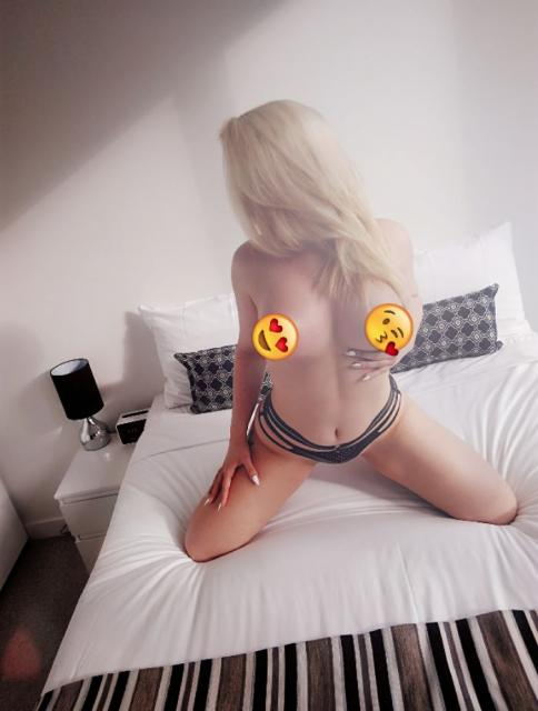 Just Turned 18YO Charlotte - AUSSIE BLONDE Petite size 8 - F Cup BOOBS Melbourne Escort