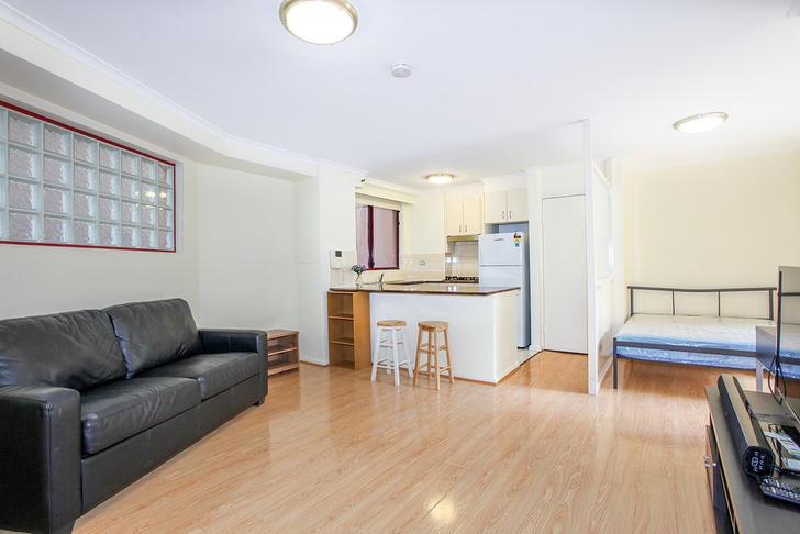 1 BR – Light House - Bedroom Apartment in Elizabeth Street