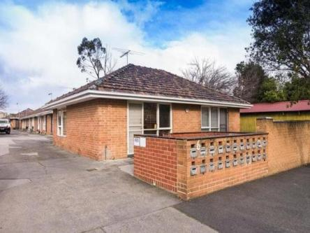 1 BR – Apartments for Rent: 1 room, Brunswick