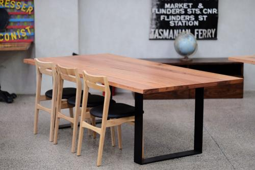 Upgrade your dining furniture in Melbourne