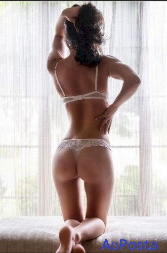 18YO Aussie TEEN Amy – Tiny Size 6 - Blue Eyes - TIGHT and WET